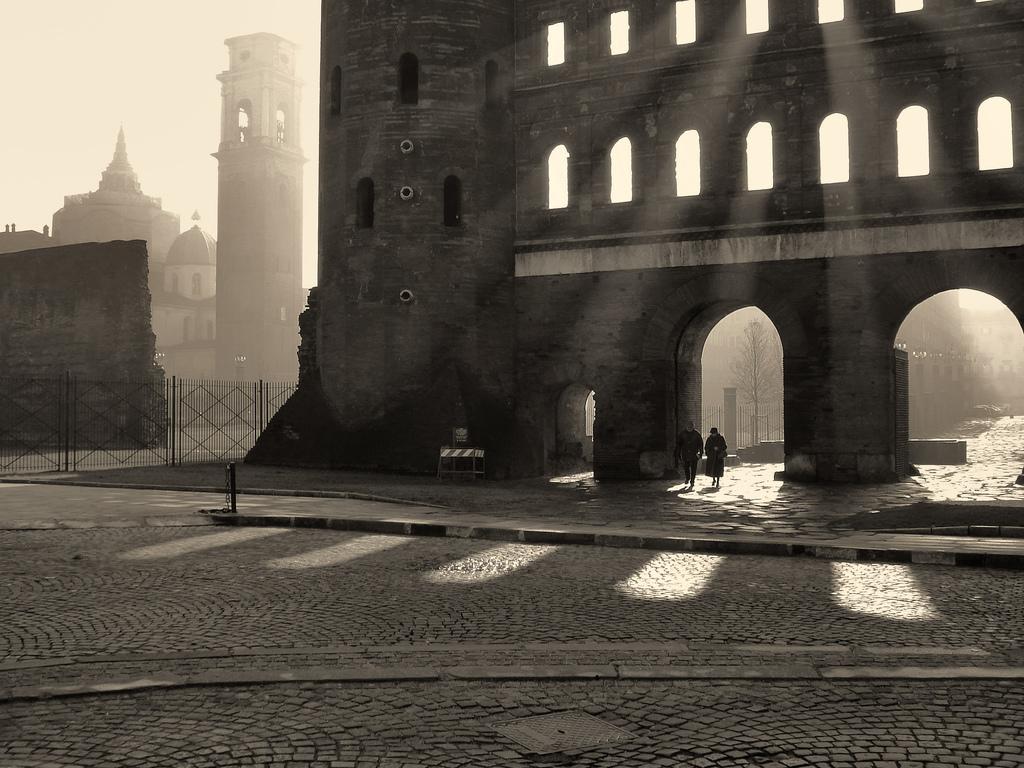 Porta Palatina - Torino - Italy — photo by atzu