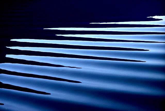 Wave - Ernst Haas