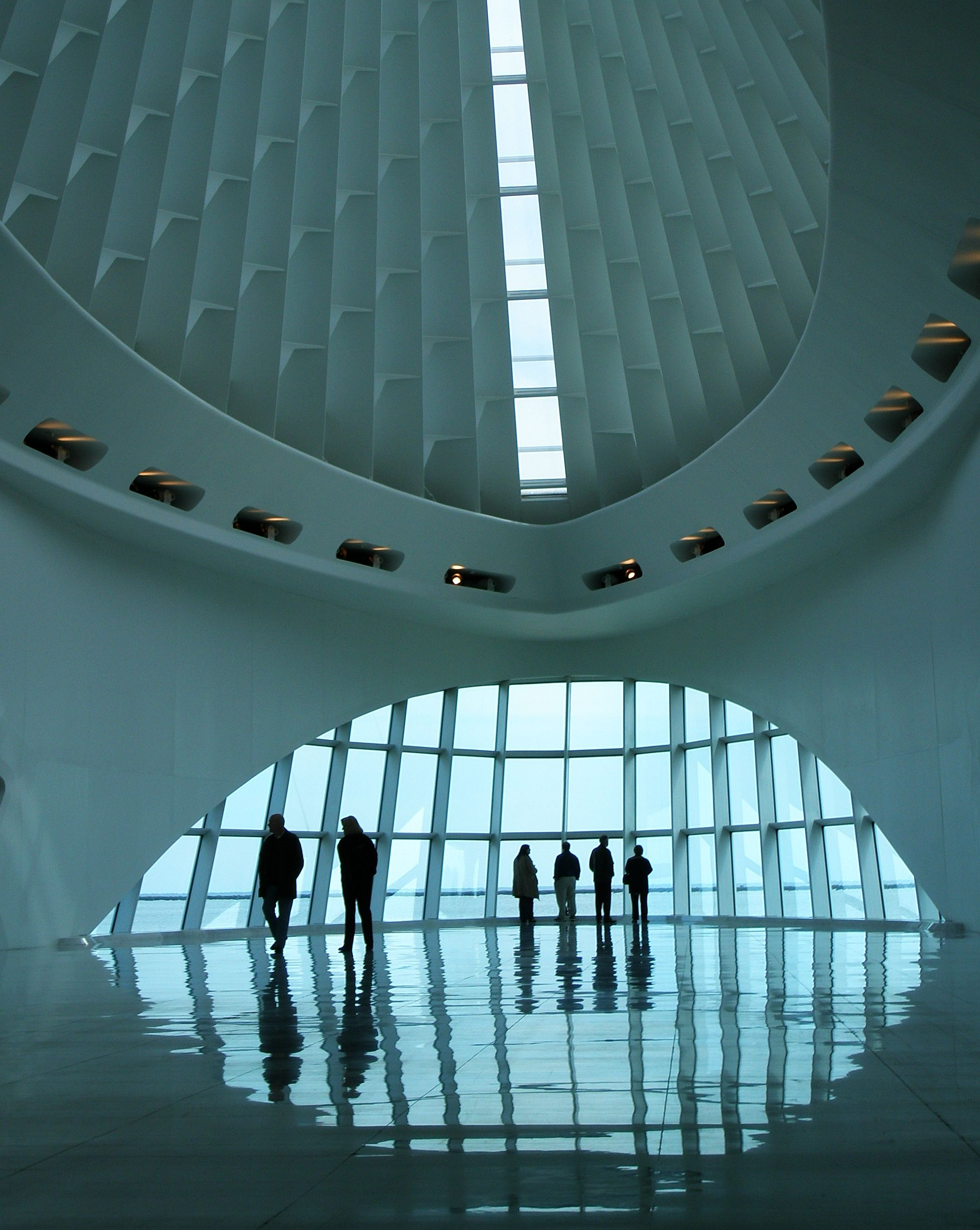 People at the Milwaukee Art Museum — photo by Tanakawho